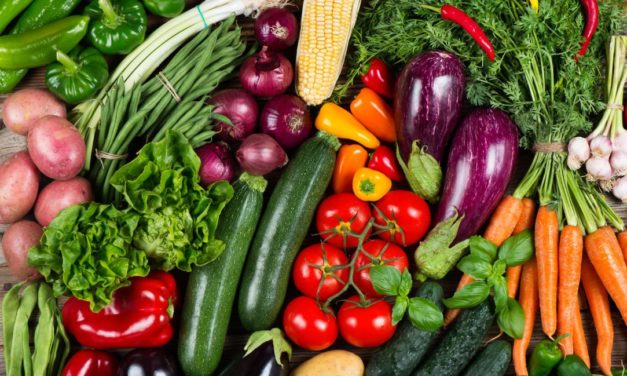 Foods rich in vitamin C and Carotenoids Help Mental Function